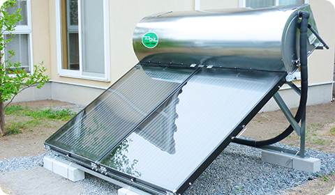 太陽熱温水器画像